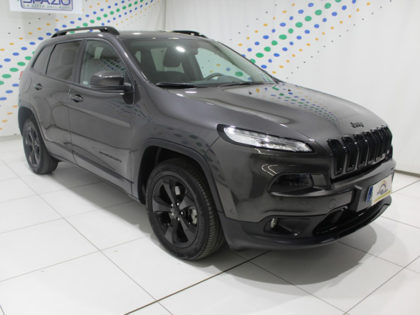 SPAZIO Group: Jeep Cherokee Night Eagle a 29.900 euro