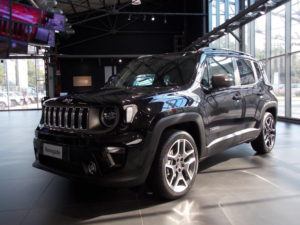 Mirafiori Motor Village: in salone la Jeep Renegade MY '19.